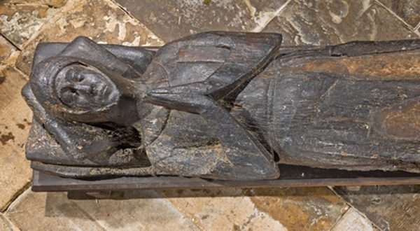 Timber effigy of a knight thought to be Sir William Combmartin at Alderton church
