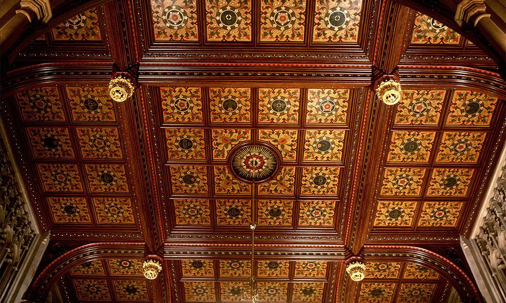 House of Lords: Peers Lobby ceiling