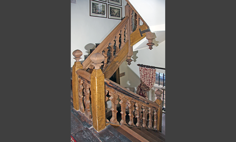Conserved staircase