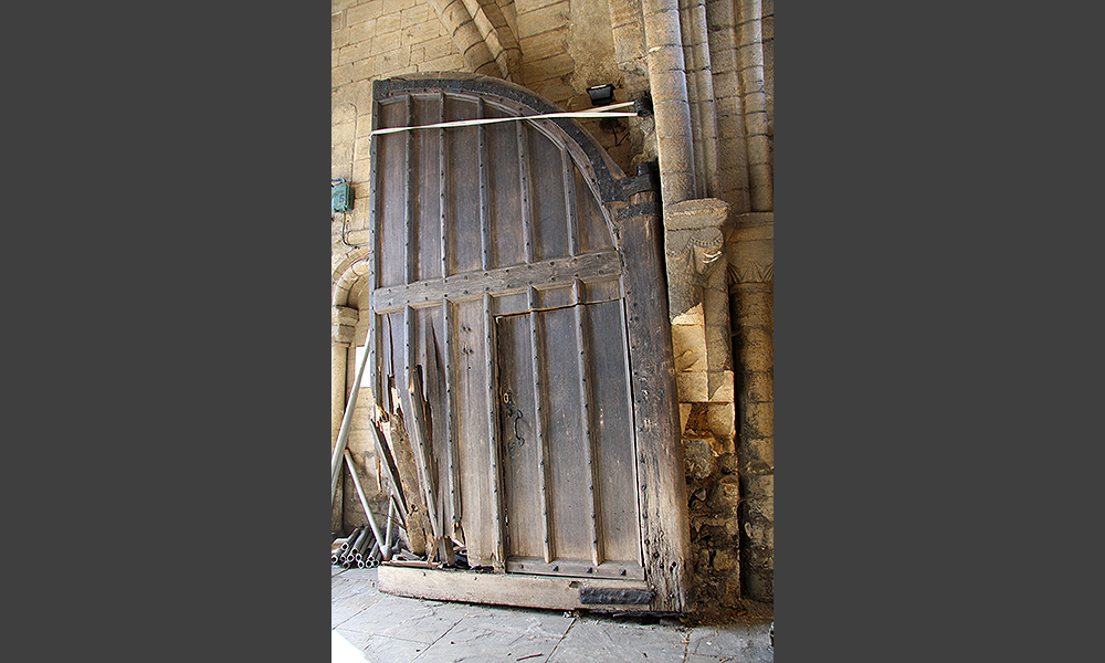 The damage revealed the quite different original design of the front of the gates beneath the late 18th century refacing.